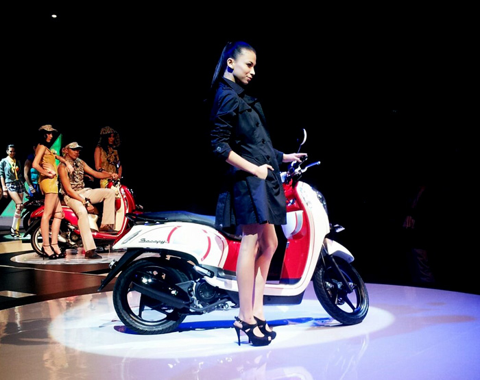 Honda Scoopy FI Fashion