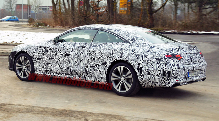 , Mercedes S-Class Coupe Spyshot Samping: Mercedes S-Class Coupe Spyshot Samping