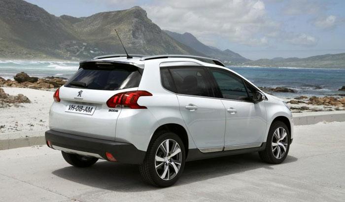 Peugeot 2008 Crossover Belakang