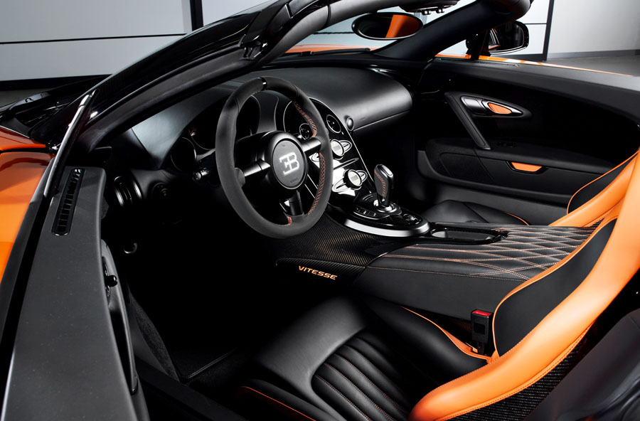 Bugatti Veyron Grand Sport Roadster interior