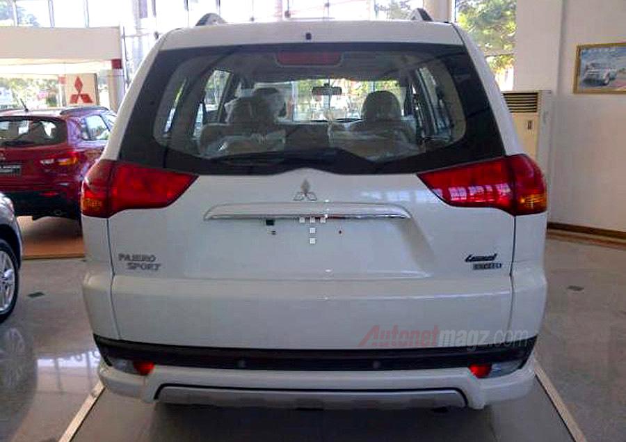 Mitsubishi, Mitsubishi Pajero Sport Limited 2013 Tampak Belakang: KTB