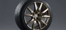 Nissan GTR Midnight Purple