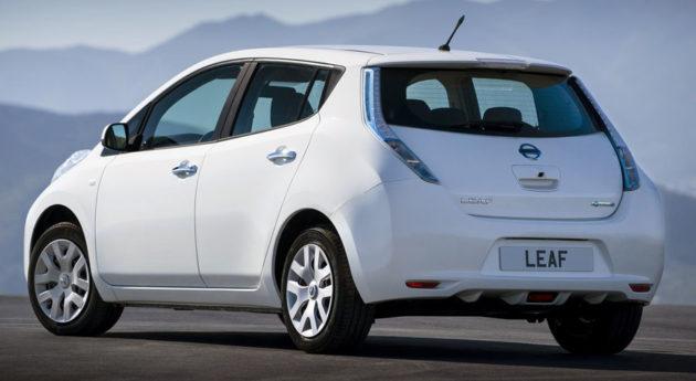 Nissan Leaf 2014 belakang