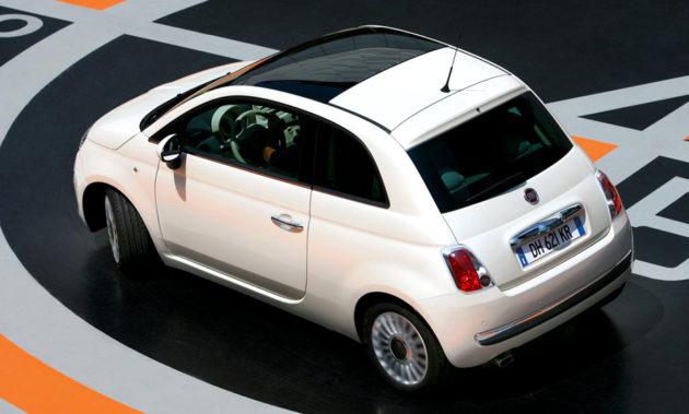 Fiat 500 Belakang