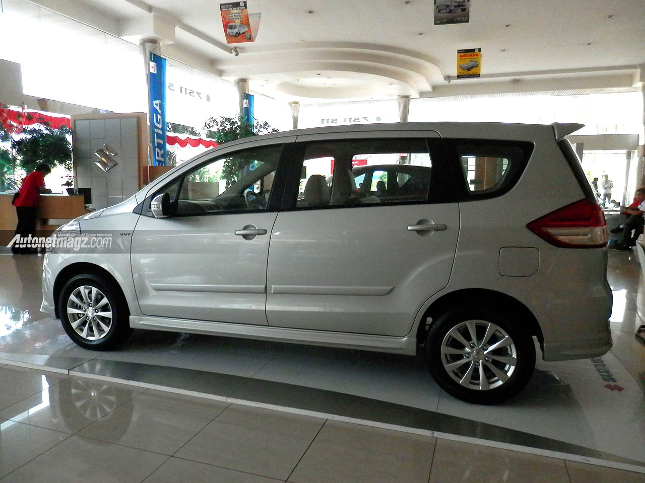 IIMS 2013, Suzuki Ertiga Elegant 2013: Suzuki Ertiga Elegant Tampil Lebih Mewah [with Video]