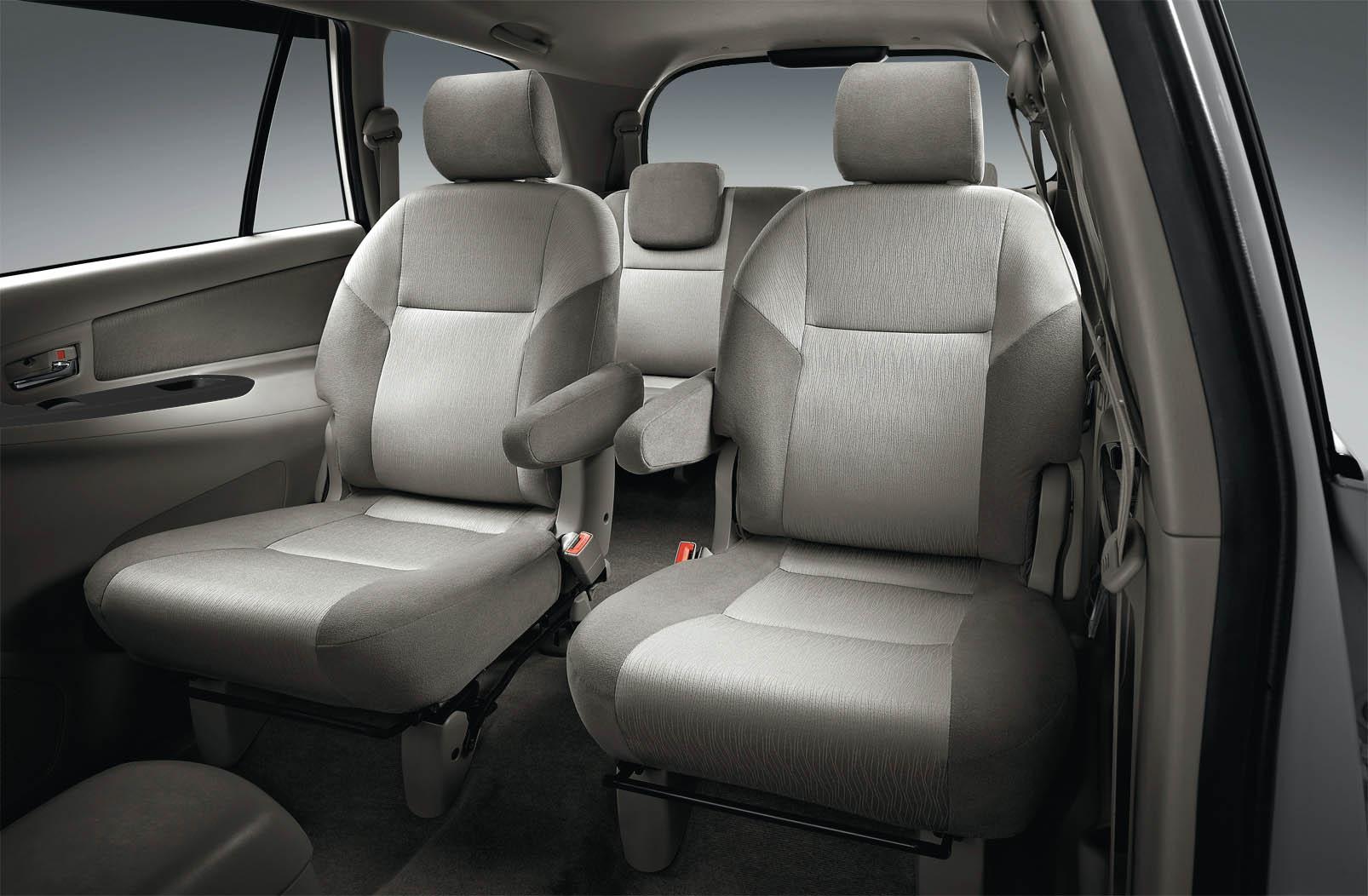 Toyota Kijang Innova 2013 Captain Seat