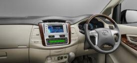 Toyota Kijang Innova 2013 audio v