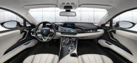 BMW i8 dash