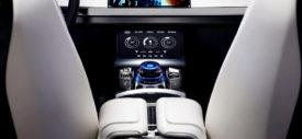 Jaguar CX-17 blue
