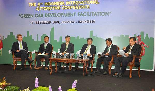 IIMS 2013, Konferensi Otomotif Internasional Di Jakarta: Konferensi Otomotif Internasional Awali Rangkaian Acara IIMS 2013