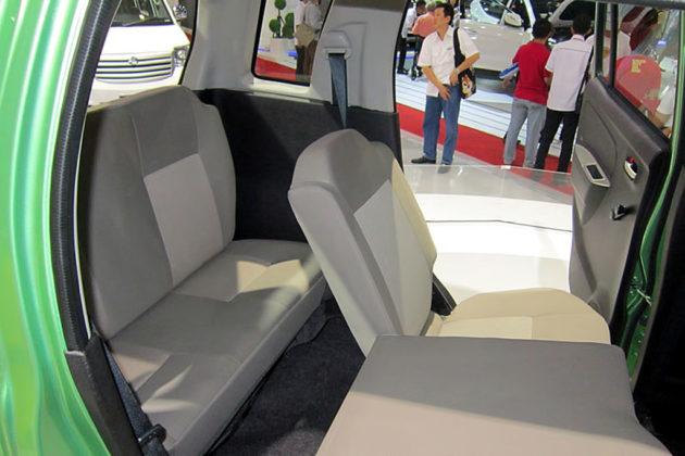 Suzuki Karimun Wagon R MPV Kursi Belakang