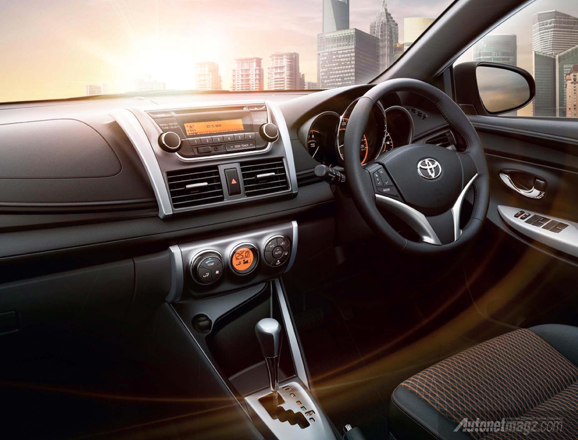 all new yaris 2014 interior autonetmagz review mobil dan motor baru indonesia. Black Bedroom Furniture Sets. Home Design Ideas