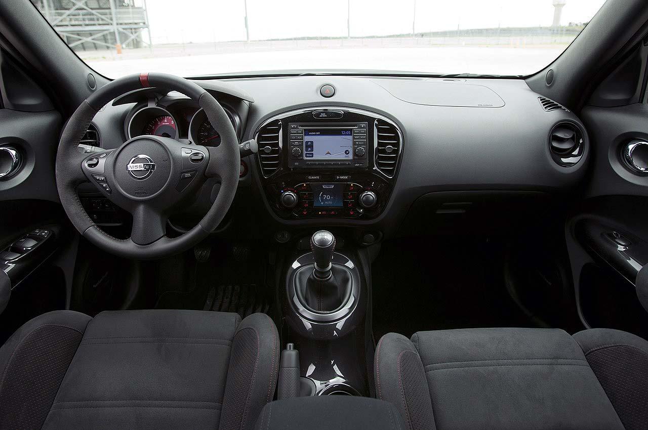 Interior nissan juke nismo 2013 autonetmagz review for Nissan juke interieur