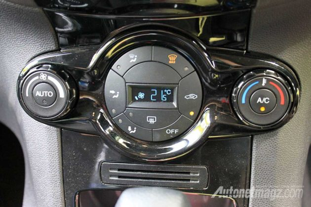 Digital AC New Ford Fiesta