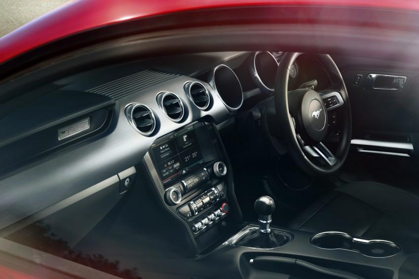 Ford, Ford Mustang 2015 Interior: Spesifikasi Mesin Ford Mustang 2015 Akhirnya Diumumkan