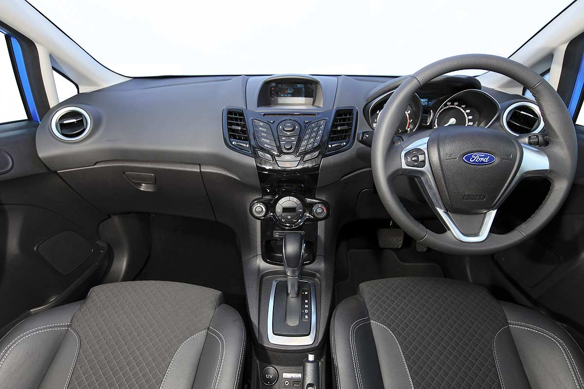 Ford interior new ford fiesta 1 5 ecoboost 2014 ford fiesta ecoboost awal 2014 akan