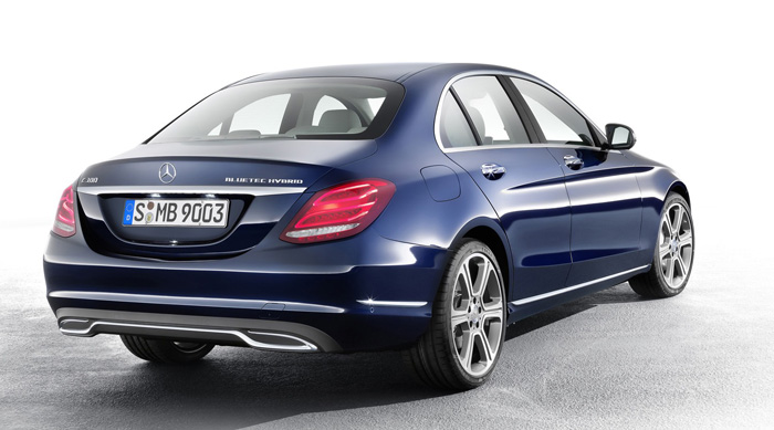 International, Mercedes-Benz C 300 BlueTEC HYBRID, Exclusive Line, Cavansitblau: Galeri Foto : Mercedes Benz C-Class 2014 W205