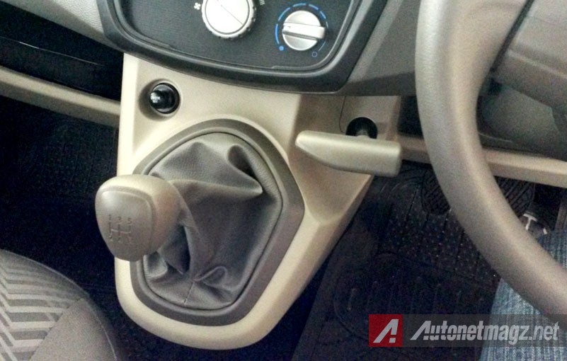 , Datsun GO+ Nusantara Transmission and Hand Brake: Datsun GO+ Nusantara Transmission and Hand Brake