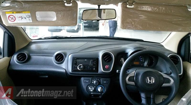 Honda, Dashboard Honda Mobilio E CVT: First Impression Review Honda Mobilio E Manual + Gallery Photo