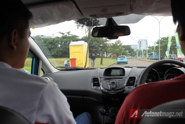 Ford Fiesta Ecoboost driving