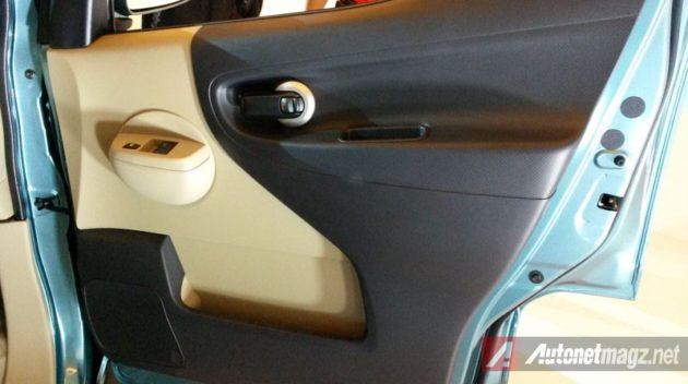 Nissan Evalia Facelift Door Trim