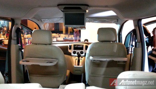 Nissan Evalia Facelift Mounted TV