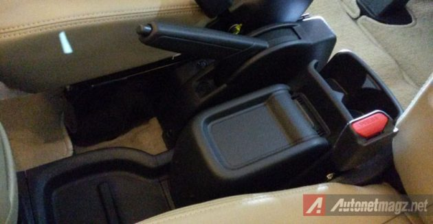 Nissan Evalia Facelift New Console Box