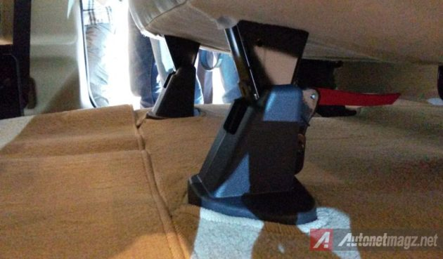 Nissan Evalia Facelift New Seat Leg Cover