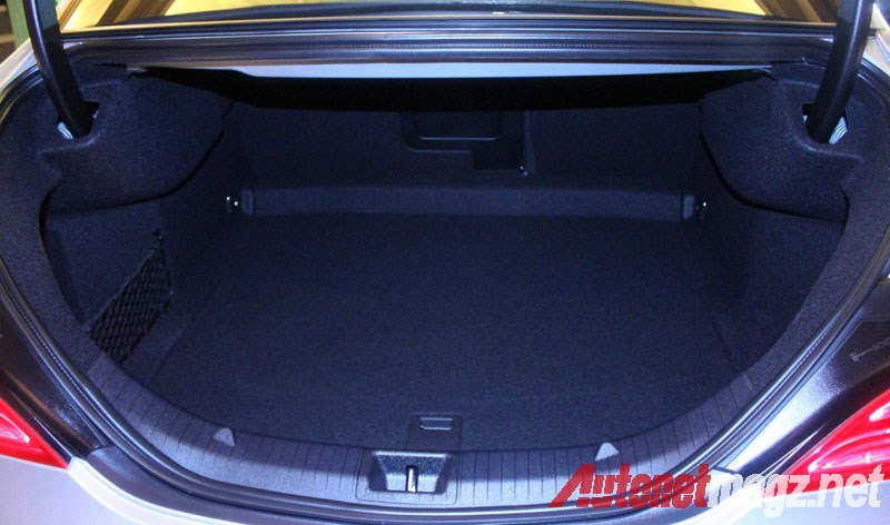 Mercedes-Benz, Mercedes CLA Luggage space: First Impression Review Mercedes-Benz CLA 200 Indonesia