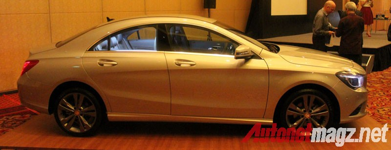 Mercedes-Benz, Mercedes CLA Side: First Impression Review Mercedes-Benz CLA 200 Indonesia