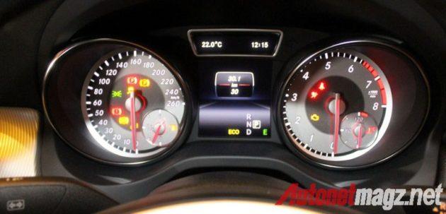 Mercedes CLA speedometer