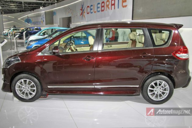 Side body moulding chrome Ertiga Altair
