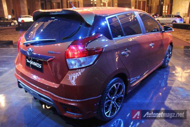 Toyota Yaris 2014 belakang