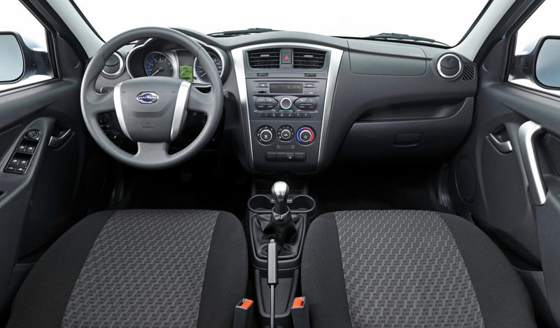 Datsun, Datsun on-DO Dashboard: Datsun on-Do Sedan Diluncurkan di Rusia