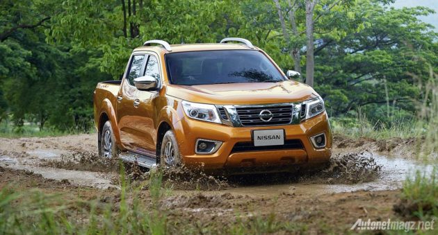 2015 Nissan Navara NP300 wallpaper