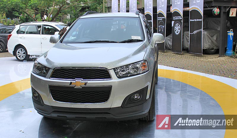 Chevrolet, Chevrolet Captiva facelift review: First Impression Review Chevrolet Captiva Facelift 2014 2WD
