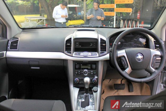 Interior Dashboard baru Chevy Captiva facelift 2014