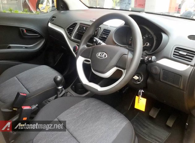 Interior KIA Morning Indonesia