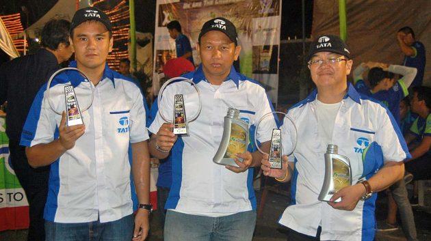 Pemenang juara Fastron Slalom Night dari pembalap tim TATA Motors Indonesia