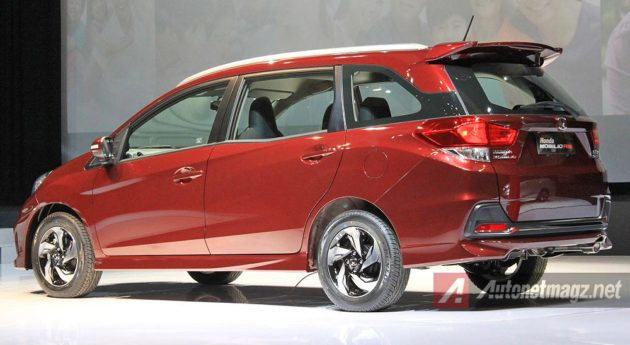Wallpaper New Honda Mobilio RS 2014 Indonesia