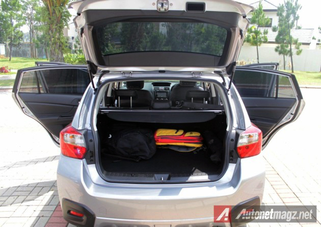 2014-Subaru-XV-Boot-630x445