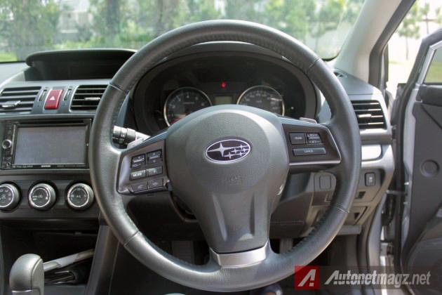 2014-Subaru-XV-Dasjboard-630x420