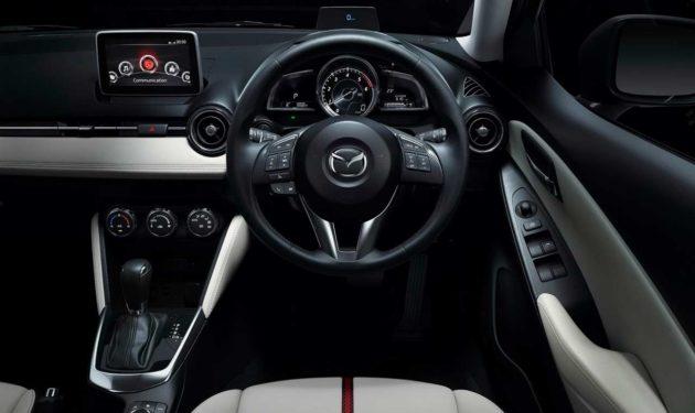 2015-Mazda2-Steering-Wheel