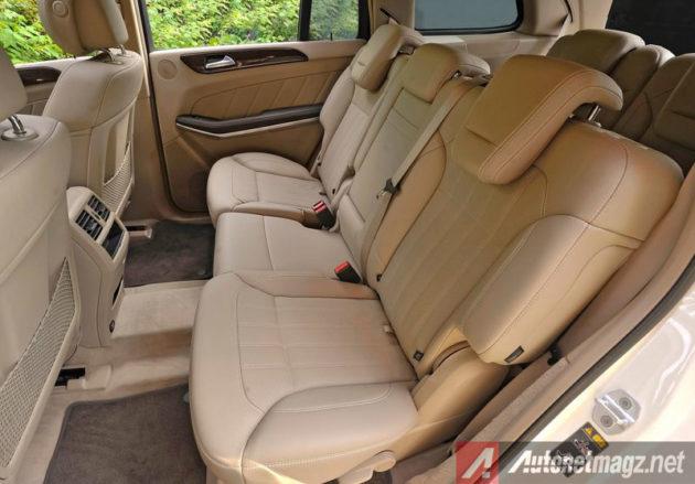 Baris-kedua-Mercedes-GL-400
