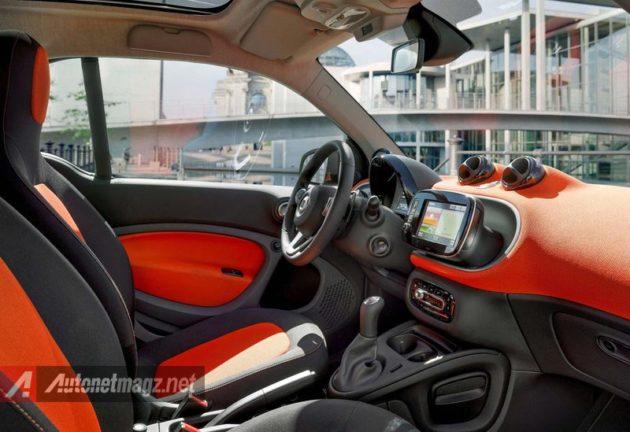 Interior-Smart-ForTwo-2015