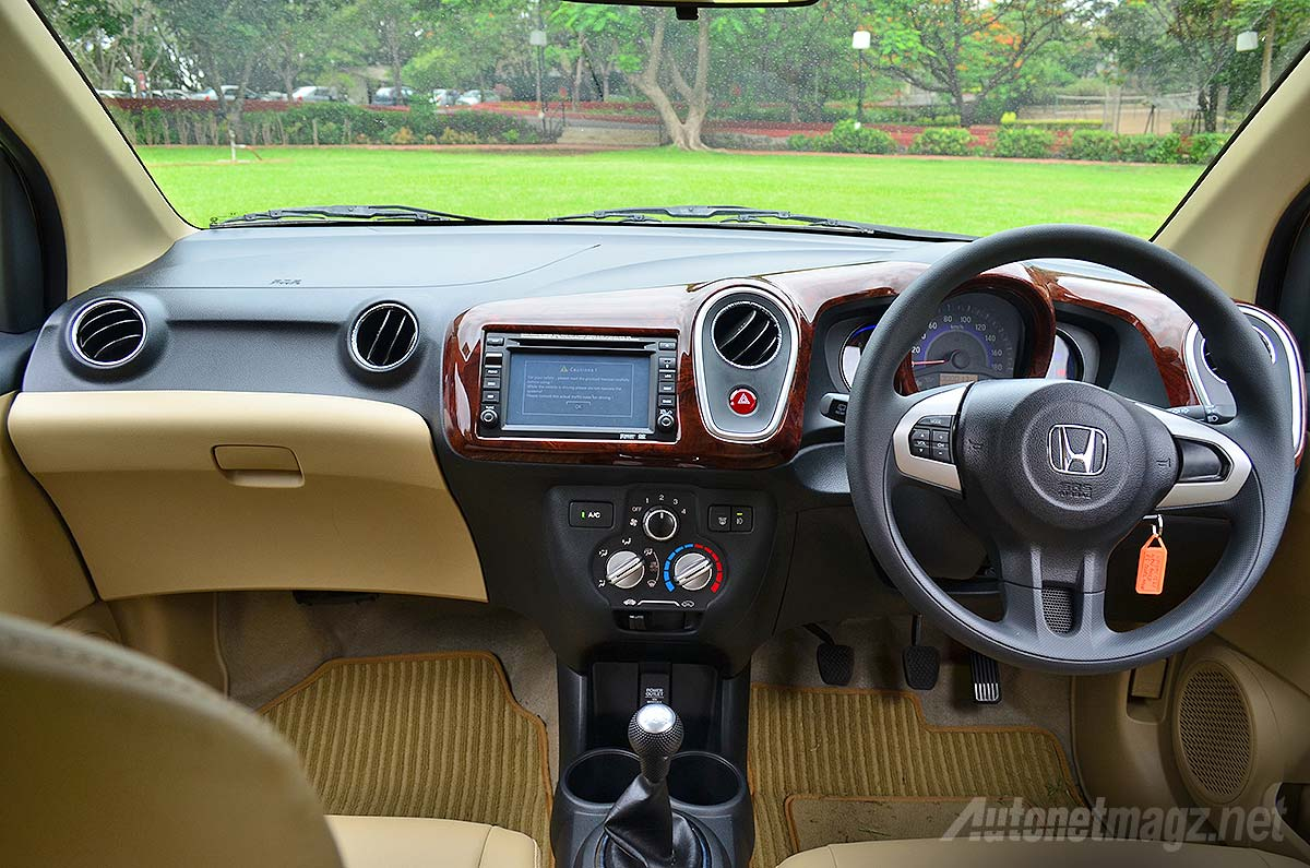 Interior Dashboard Honda Mobilio Rs Hitam Autonetmagz Review