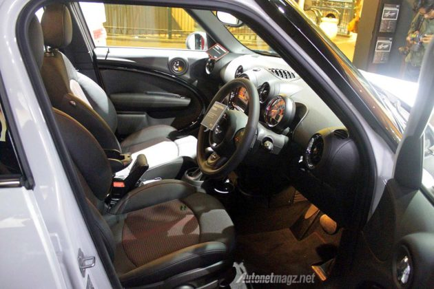 Interior kabin MINI Countryman Preston special edition Indonesia 2014