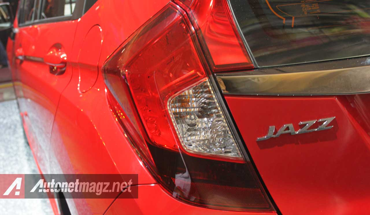 Honda, Lampu-Belakang-Honda-Jazz-Baru: First Impression Review Honda Jazz Mugen 2014 by AutonetMagz