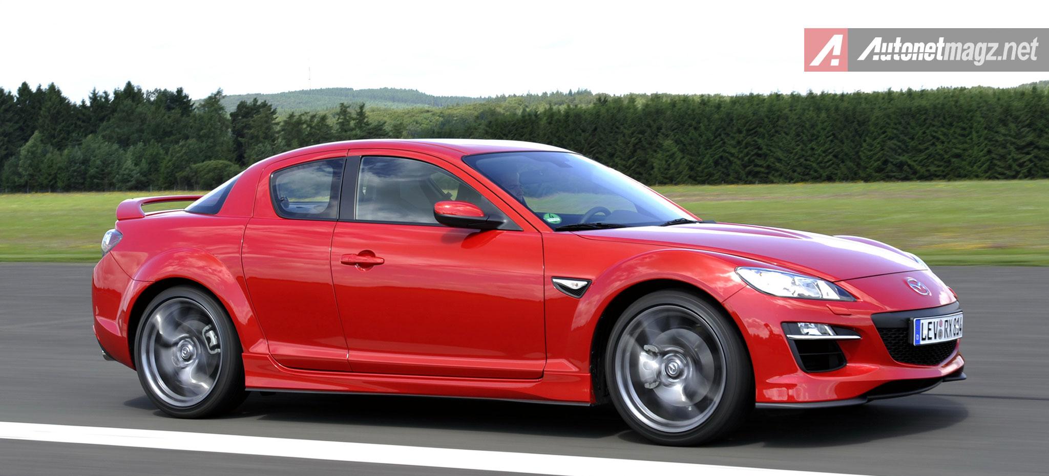 Mazda-RX8-Merah