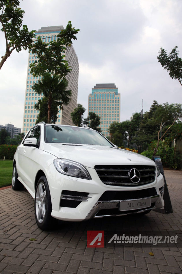 Mercedes-Benz-ML-400
